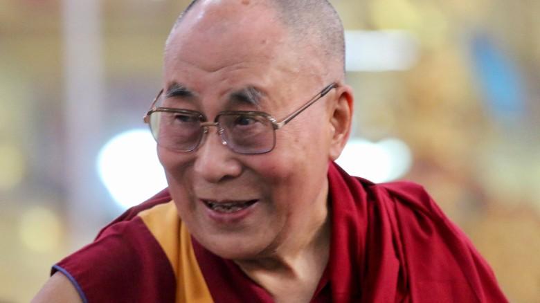 El Dalai Lama se disculpa por sus comentarios sobre las mujeres | CNN