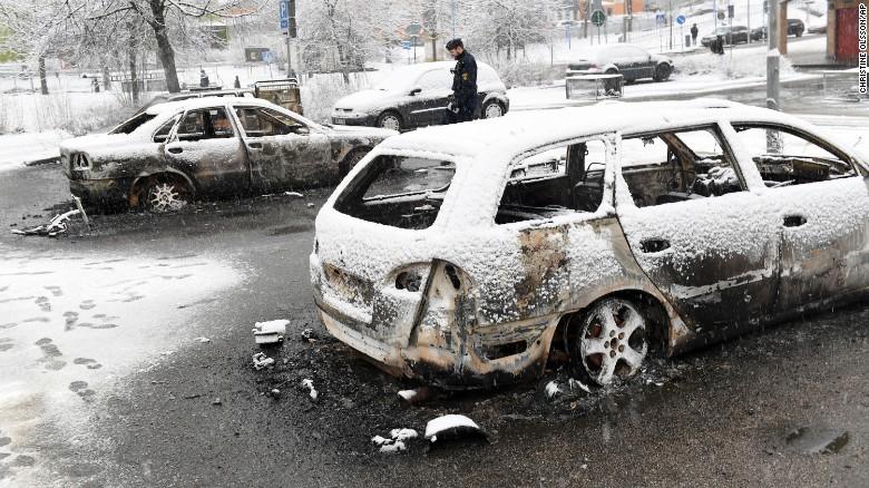 170221111413-stockholm-rinkeby-riots-exlarge-169