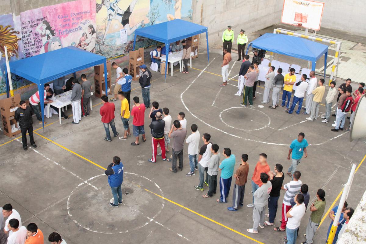 Jornada de votación en Centro de Detención en Quito (Crédito: Ministerio de Justicia Ecuador)