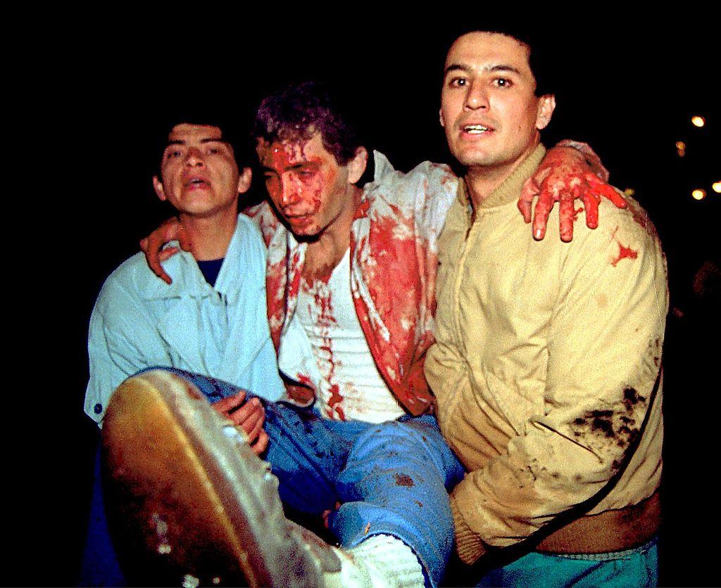 LIMA, PERU:  Photo of an attack perpetrated by the Shining Path group, in Lima, Peru, 17 July 1992. The Shining Path group has been fighting for 21 years today and has led to the deaths of more than 30,000.    (ARCHIVO) Foto de un atentado perpetrado por el grupo Sendero Luminoso, en Lima, el 17 de julio de 1992. Sendero Luminoso Luminoso cumple hoy, 17 de mayo de 2001, 21 anos de lucha armada, conflicto que desencado una cruenta guerra interna que dejo como saldo unos 30.000 muertos.     AFP PHOTO/Hector MATA (Photo credit should read HECTOR MATA/AFP/Getty Images)