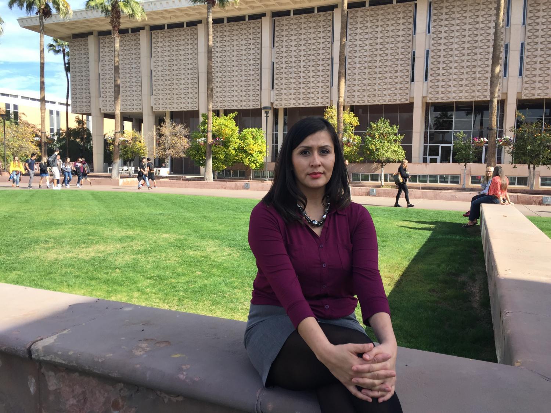 Vanessa Ramírez fue diagnosticada con cáncer de ovario cuando estaba en la universidad. Ahora, toda su familia tiene atención de salud gracias al Obamacare. (Will Stone/KJZZ)