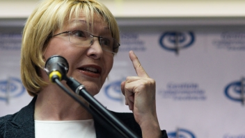 Venezuela's Chief Prosecutor Luisa Ortega Diaz delivers a press conference in Caracas, on May 24, 2017. Venezuela's President Nicolas Maduro formally launched moves to rewrite the constitution on Tuesday, defying opponents who accuse him of clinging to power in a political crisis that has prompted deadly unrest. / AFP PHOTO / FEDERICO PARRA (Photo credit should read FEDERICO PARRA/AFP/Getty Images)Venezuela's Chief Prosecutor Luisa Ortega Diaz delivers a press conference in Caracas, on May 24, 2017. Venezuela's President Nicolas Maduro formally launched moves to rewrite the constitution on Tuesday, defying opponents who accuse him of clinging to power in a political crisis that has prompted deadly unrest. / AFP PHOTO / FEDERICO PARRA (Photo credit should read FEDERICO PARRA/AFP/Getty Images)