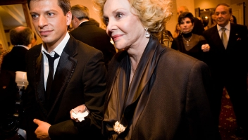 WASHINGTON - OCTOBER 18: Italian singer Patrizio Buanne escorts Barbara Sinatra, wife of the late entertainer Frank Sinatra, at the National Italian American Foundation's 33rd Anniversary Awards Gala on October 18, 2008 in Washington, DC. The event takes place in Washington each year and celebrates the achievements of Italian Americans. (Photo by Brendan Hoffman/Getty Images)