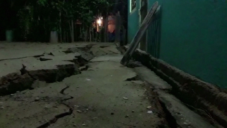 A video grab made from AFPTV footage shows damage to a building in Minatitlan, Mexico, on September 8, 2017 after a powerful 8.2-magnitude earthquake rocked Mexico late on September 7. A powerful 8.2-magnitude earthquake rocked Mexico late September 7, killing at least 15 people and triggering a tsunami alert in what the president called the quake-prone country's biggest one in a century. / AFP PHOTO / AFPTV / Carlos SANTOS AND Lizbeth CUELLO (Photo credit should read CARLOS SANTOS,LIZBETH CUELLO/AFP/Getty Images)
