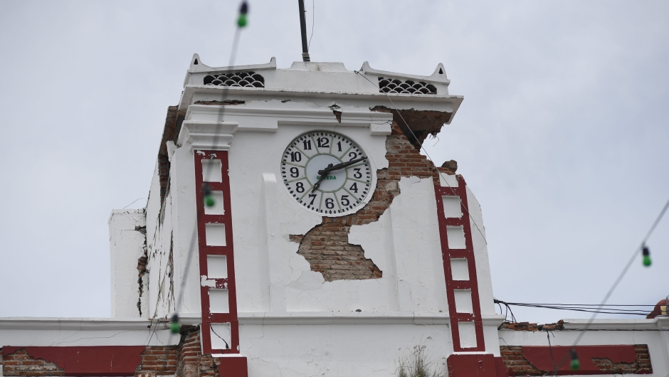 Picture of the Town Hall building of Juchitan de Zaragoza, State of Oaxaca, taken on September 8, 2017 after it was severely damaged during an 8.2 earthquake that hit Mexico's Pacific coast overnight. Mexico's most powerful earthquake in a century killed at least 35 people, officials said, after it struck the Pacific coast, wrecking homes and sending families fleeing into the streets. / AFP PHOTO / Pedro PARDO (Photo credit should read PEDRO PARDO/AFP/Getty Images)