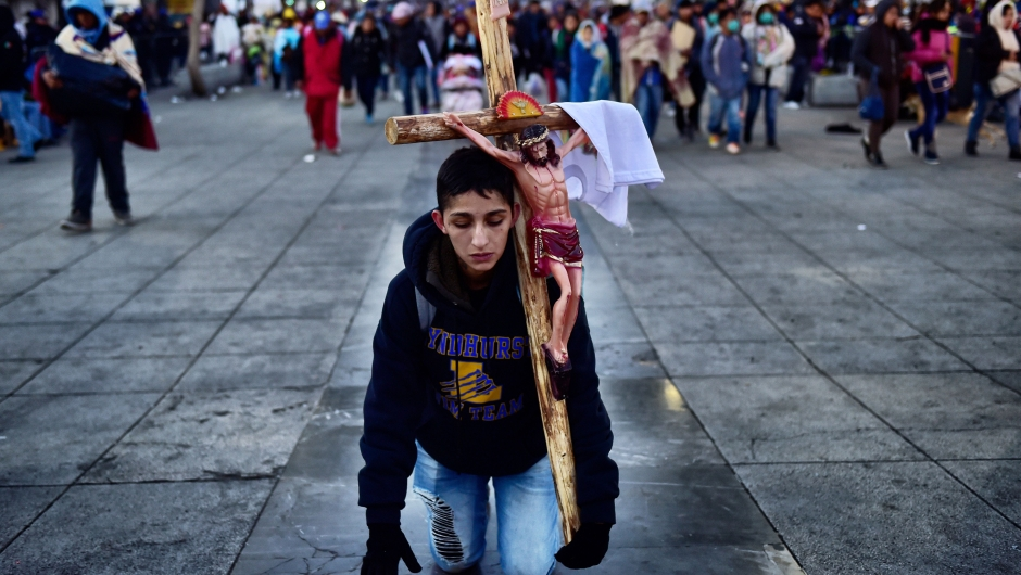 TOPSHOT - A penitent pays a promise during the feast of the Virgin of Guadalupe, patron saint of Mexico, in Mexico City on December 12, 2017. Millions of pilgrims visit Mexico City's Guadalupe Basilica to honour the country's patron saint, the Virgin of Guadalupe. / AFP PHOTO / Pedro PARDO (Photo credit should read PEDRO PARDO/AFP/Getty Images)TOPSHOT - A penitent pays a promise during the feast of the Virgin of Guadalupe, patron saint of Mexico, in Mexico City on December 12, 2017. Millions of pilgrims visit Mexico City's Guadalupe Basilica to honour the country's patron saint, the Virgin of Guadalupe. / AFP PHOTO / Pedro PARDO (Photo credit should read PEDRO PARDO/AFP/Getty Images)