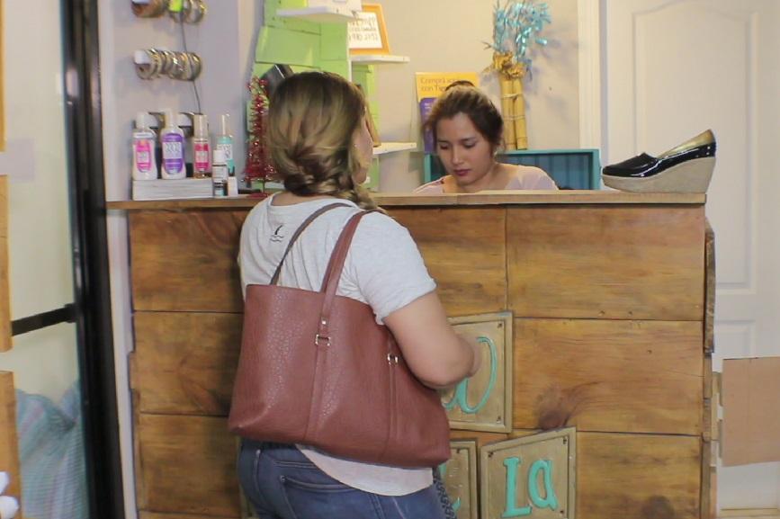 Además de las ventas por internet, existe una tienda Coco Canela en Guatemala y Costa Rica.