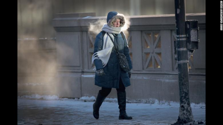 CHICAGO, IL - JANUARY 02: A commuter makes her way to work in sub-zero temperatures on January 2, 2018 in Chicago, Illinois. Record cold temperatures are gripping much of the U.S. and are being blamed on several deaths over the past week. (Photo by Scott Olson/Getty Images)