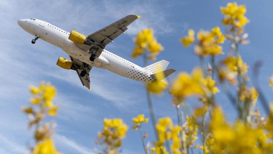 7. Vueling Airlines: la aerolínea española Vueling fue nombrada la aerolínea de bajo costo más puntual del mundo. Según OAG, el 85.35% de sus vuelos llegaron o partieron dentro de los 15 minutos de la hora programada.