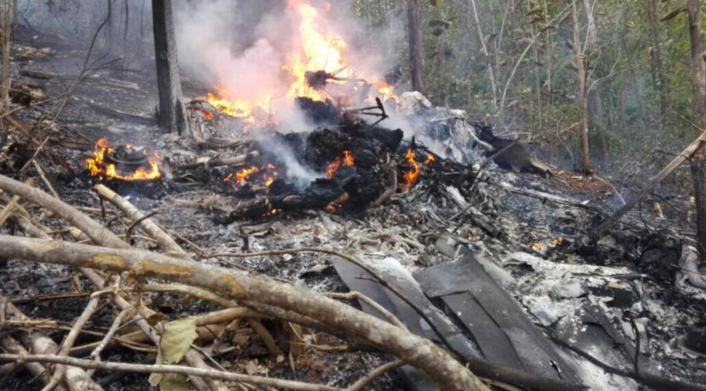 Así se ve el lugar del accidente del avión que dejó 12 personas muertas. (Crédito: Ministerio de Seguridad Pública Costa Rica)