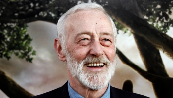 "FILE - In this July 26, 2010 file photo, actor John Mahoney arrives at the premiere of ""Flipped"" in Los Angeles. Mahoney's longtime manager, Paul Martino, said Mahoney died Sunday, Feb. 4, 2018, in Chicago after a brief hospitalization. The cause of death was not immediately announced. He was 77. (AP Photo/Matt Sayles, File)"