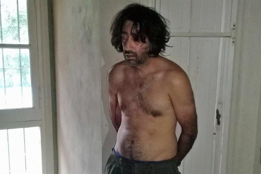 José Carlos Varela, quien era el encargado de cuidar la casa y vivía solo en ella, fue detenido e imputado por el delito de homicidio agravado