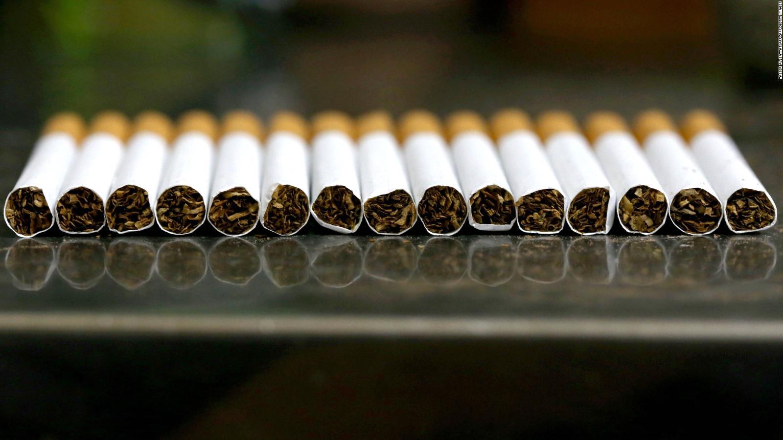 Acciones de gigante del tabaco se desploman tras posible nueva regulación para cigarrillos