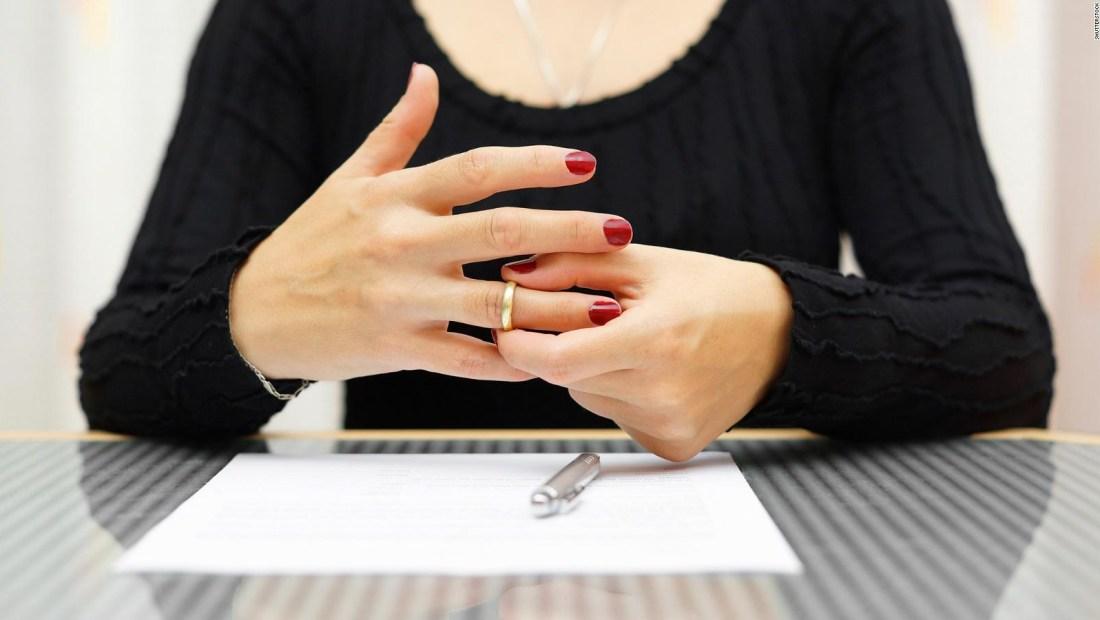 #SaludExpress: ¿Cómo impacta el divorcio en la mujer?
