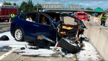 Un Tesla en piloto automático atropella y mata a un peatón
