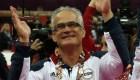Gimnastas acusan al entrenador John Geddert de abusos