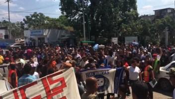 Avanza la caravana de inmigrantes hacia EE. UU