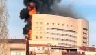 Bomberos combaten incendio en hospital durante horas