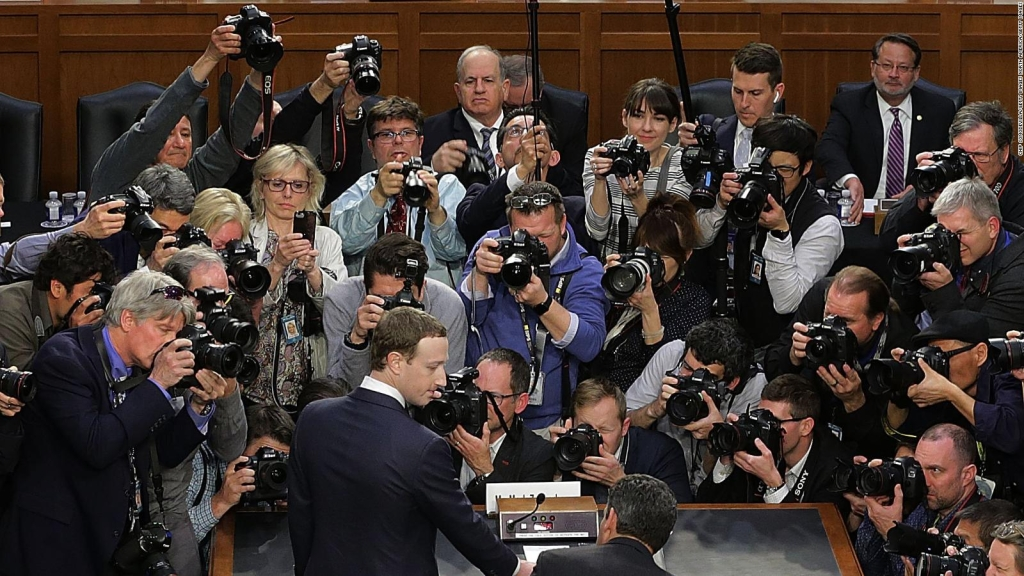 "Mark Zuckerberg: ""Es mi responsabilidad"""