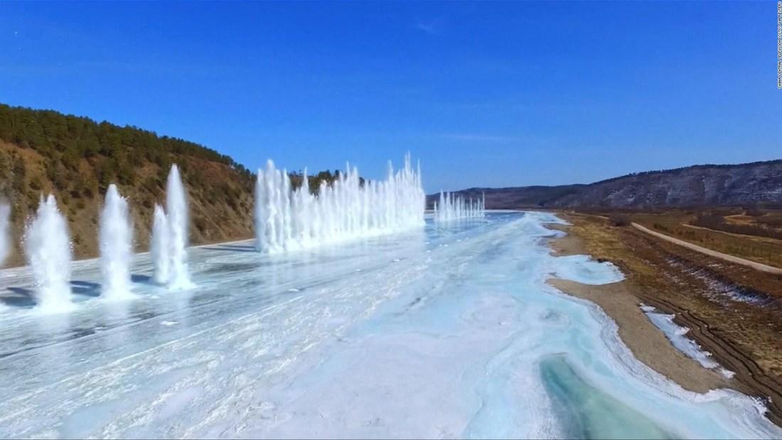 #LaImagenDelDía: así dinamitan un río en China