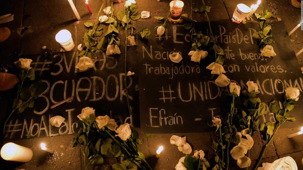 Con aplausos, el diario El Comercio recordó a periodistas asesinados