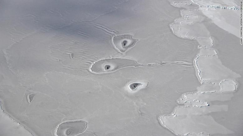 Estos Misteriosos Agujeros En El ártico Tienen Perplejos A Científicos De La Nasa Cnn