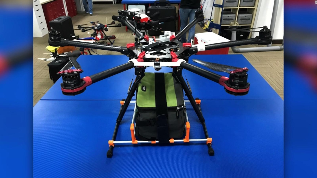 ¿Drones que lanzan hamburguesas?