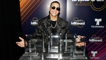 LAS VEGAS, NV - APRIL 26: Daddy Yankee poses with his awards backstage at the 2018 Billboard Latin Music Awards at the Mandalay Bay Events Center on April 26, 2018 in Las Vegas, Nevada. (Photo by Isaac Brekken/Getty Images)