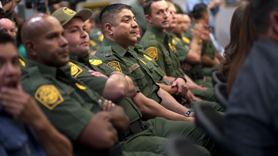 ¿Es peligroso ser agente de la Patrulla Fronteriza? No tanto como ser policía