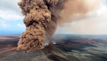 """#MinutoCNN: Kilauea tiene """"potencial de erupción explosiva"""""""