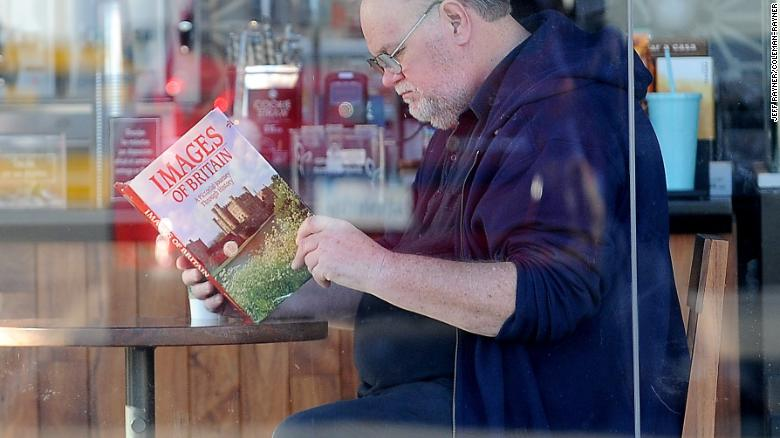 PREMIUM EXCLUSIVE. Coleman-Rayner Rosarito, Mexico. March 27, 2018 Meghan Markle????????s father Thomas Markle Senior enjoys a Starbucks coffee while he reads a book titled ???????Images of Britain: A Pictorial Journey Through History???????. The retired Hollywood lighting director, 73, is reportedly preparing to walk his daughter down the aisle when she marries Prince Harry on May 19. CREDIT MUST READ: Jeff Rayner/Coleman-Rayner Tel US (001) 310 474 4343 - Office www.coleman-rayner.com