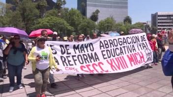 Día del Maestro en México: exigen derogar Reforma Educativa