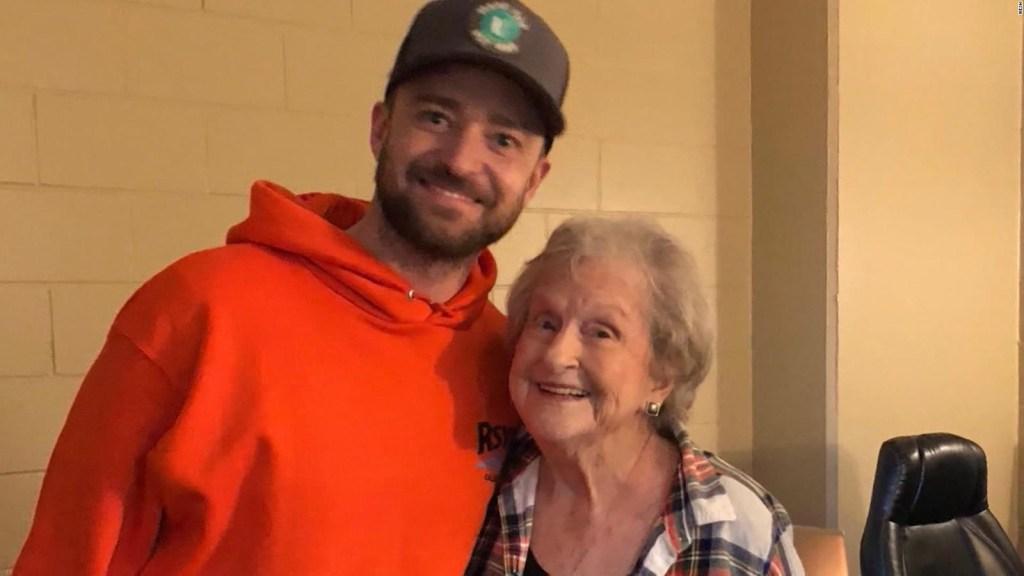 Justin Timberlake sorprende a una fan de 88 años