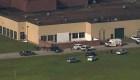 Reportan hombre armado una escuela secundaria de Texas