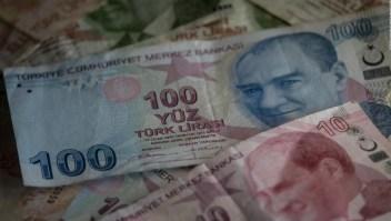 Turquía enfrenta la caída de su moneda