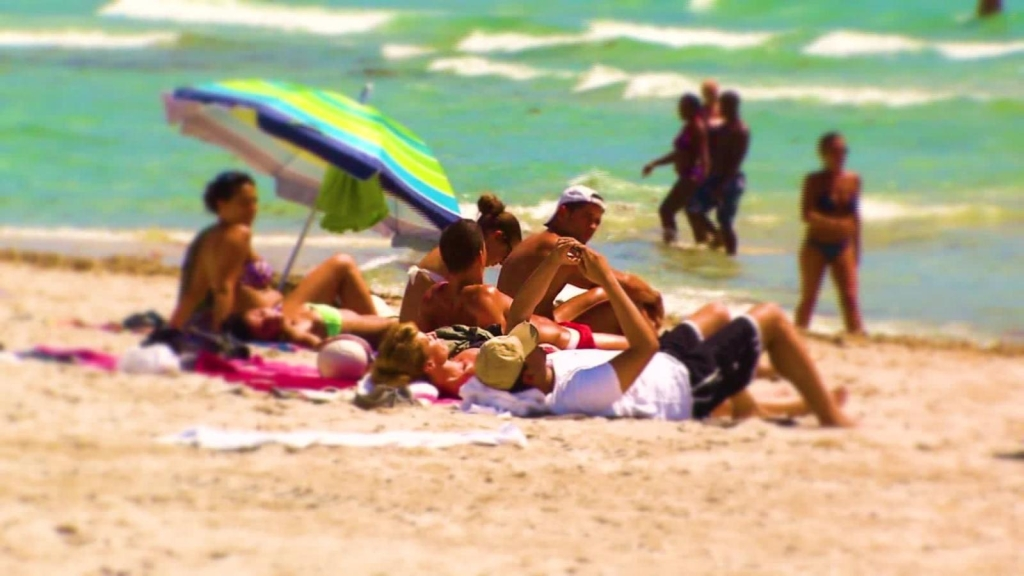 ¿Cómo afecta la exposición prolongada al sol a la piel?