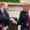 Trump recibe a Holt y a su familia