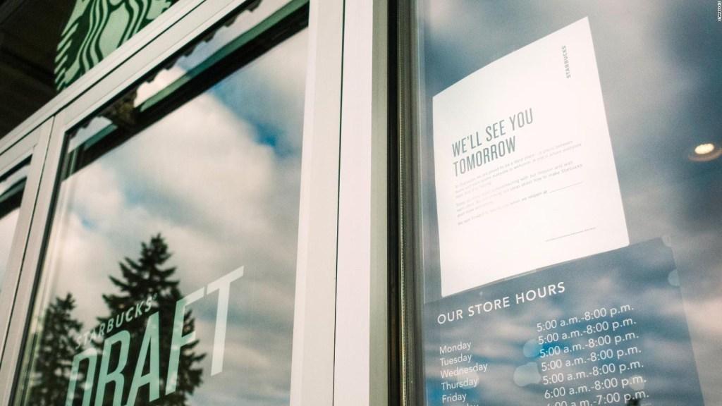 Mira el video de entrenamiento antiprejuicios de Starbucks