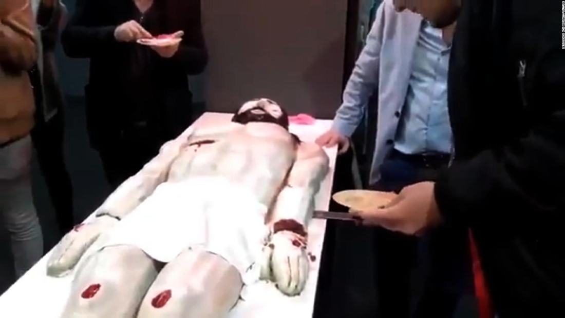 Escándalo por pastel con forma de Jesucristo en Argentina