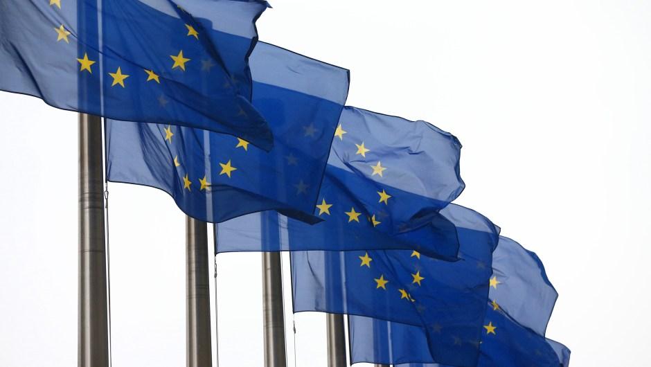 Banderas de Europa en el edificio de la Comisión Europea. Bruselas (Bélgica). Crédito: Carl Court/Getty Images