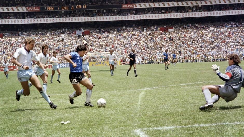 """El """"Gol del siglo"""" de Diego Armando Maradona."""