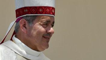 Juan Barros, obispo de Osorbo, durante una misa al aire libre con motivo de la visita del papa Francisco a Chile en enero de 2018. (Crédito: VINCENZO PINTO/AFP/Getty Images)
