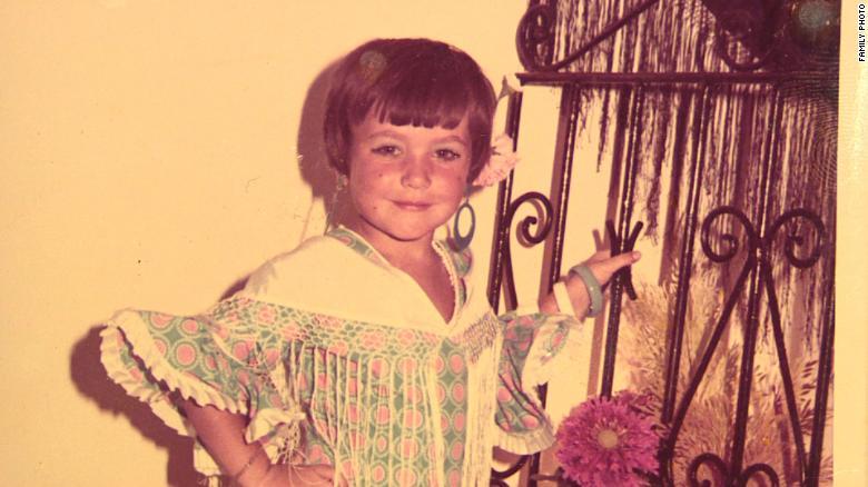 Inés Madrigal en una fotografía cuando era una niña. Ella cree que fue robada a su madre biológica.