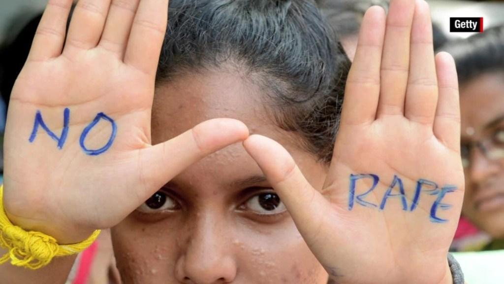Manifestación contra violaciones en la India.