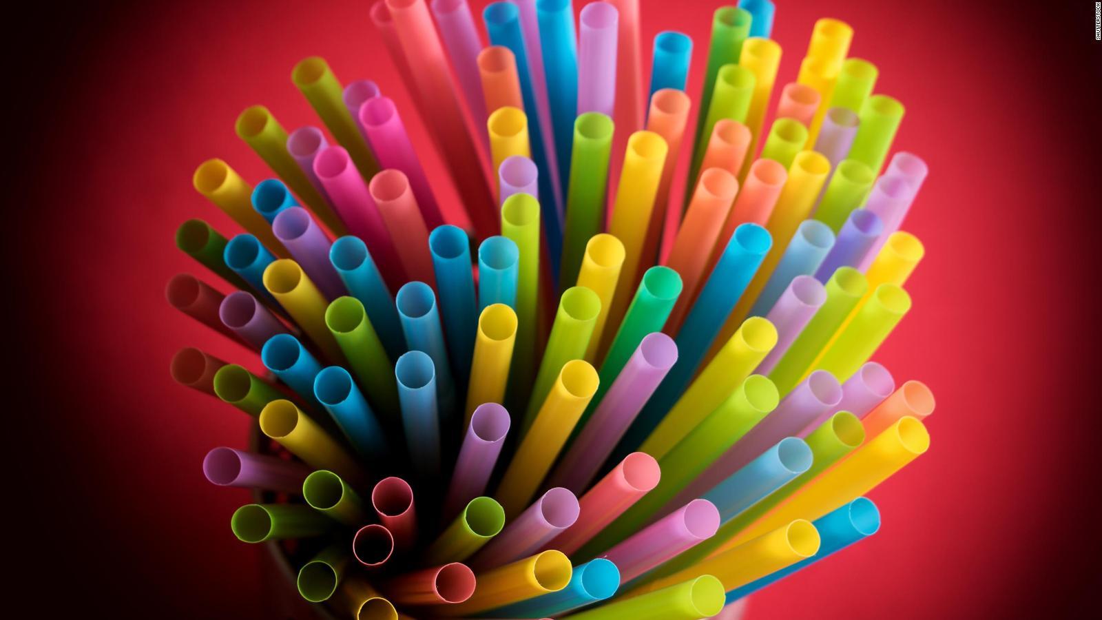 McDonald's elimina los sorbetes de plástico en Reino Unido
