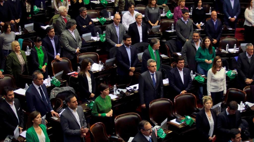 Diputados en Argentina aprueban proyecto de ley de legalización del aborto