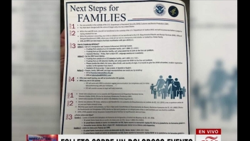 Este folleto explica a los inmigrantes por qué son separados de sus hijos