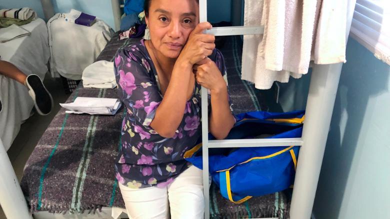 Dolores Contreras Alarcon, de 40 años, dice que tratará de volver a cruzar la frontera.