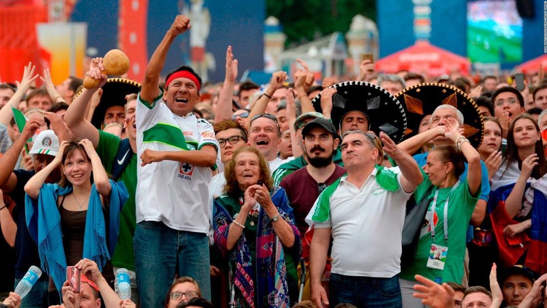 La FIFA multa a la Femexfut por canto homofóbico de hinchas