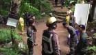 Buscan a equipo de fútbol atrapado en una cueva en Tailandia